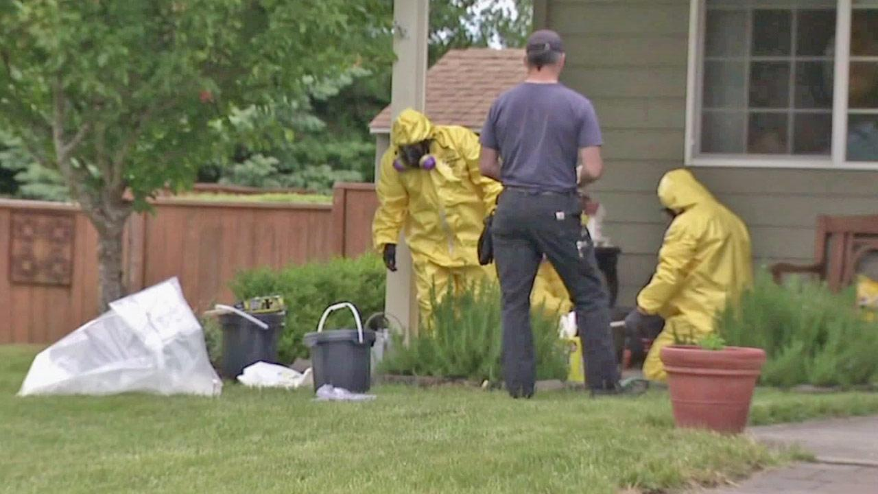 Investigators are shown at the home of an Oregon teenager, who allegedly planned to bomb his school.