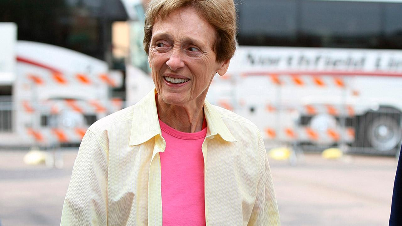 Joan Mondale, wife of former Vice President and former Minnesota Sen. Walter Mondale, arrives at the Target Center in Minneapolis, Saturday, Sept. 12, 2009, for President Barack Obamas health care address. <span class=meta>(AP Photo&#47;David Sherman)</span>