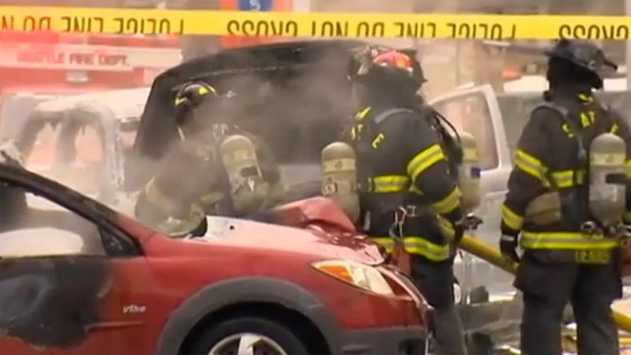A KOMO-TV news helicopter crashed just after liftoff from the Seattle stations roof and erupted in flames on Tuesday, March 18, 2014. <span class=meta>(ABC News)</span>