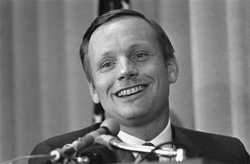 "<div class=""meta ""><span class=""caption-text "">Neil Armstrong first person of set foot on the moon, tells a news conference he?s quite sure he?ll go back for another look some day, July 14, 1970, Washington, D.C. Now an executive at the National Aeronautics and Space Administration, he is convinced that reusable spacecraft in the years ahead will carry a stream of traffic to and from the moon.  (AP Photo/ Harvey Georges)</span></div>"