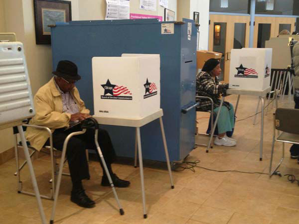 ABC7&#39;s Elex Michaelson shared this photo of a polling place in the President&#39;s hometown in Chicago, IL on Tuesday, Nov. 6, 2012.     <span class=meta>(KABC Photo)</span>