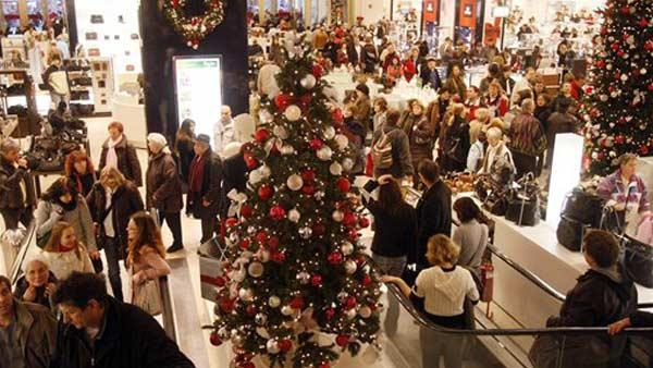 Post-Christmas shoppers reap deep discounts