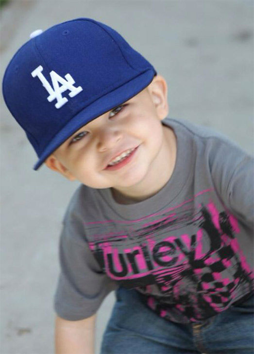 "<div class=""meta ""><span class=""caption-text "">Show us your Dodger love! Post your fan photos on our ABC7 Facebook page, and you might be featured on-air. You can also send us your photos on Twitter or Instagram with #abc7dodgers. LET'S GO DODGERS! (KABC Photo / Frances Cota)</span></div>"