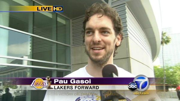Pau Gasol thanks Lakers fans for support