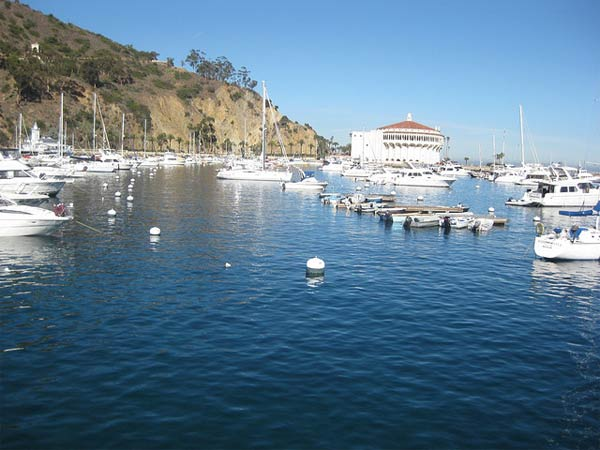Avalon Harbor Beach  on Catalina Island ranked No. 1 on Heal the Bay&#39;s 2012 Beach Bummer list.  Read more about the group&#39;s 2011-12 beach report. <span class=meta>(Flickr&#47;CJ Sorg)</span>