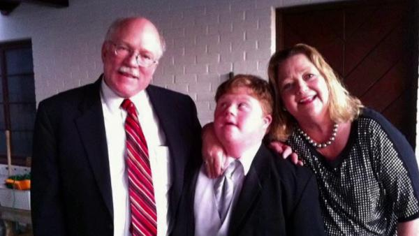 Teen with Down syndrome kicked off AA flight