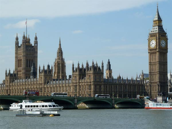 Houses of Parliament and Big Ben are seen in this photo taken by ABC7&#39;s crew in London. <span class=meta>(KABC)</span>