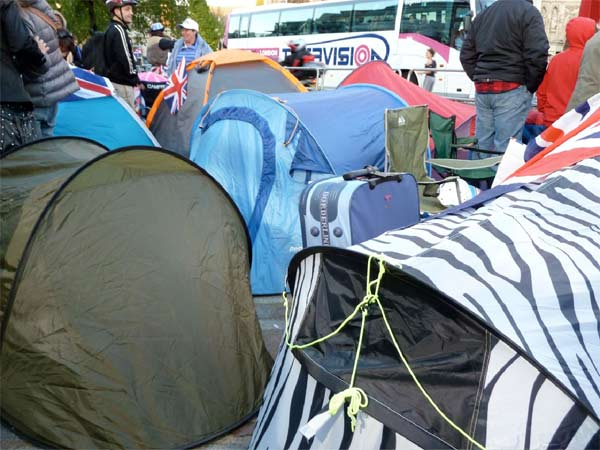 Revelers are camping out outside Westminster Abbey where Prince William and Kate Middleton are due to get married on Friday, April 29. <span class=meta>(KABC)</span>