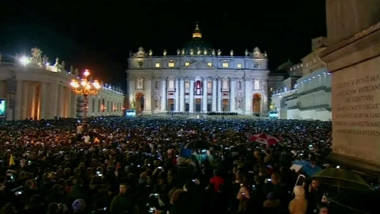 Faithful gather in St. Peters Square at the Vatican for the announcement of a new pope, Wednesday, March 13, 2013.