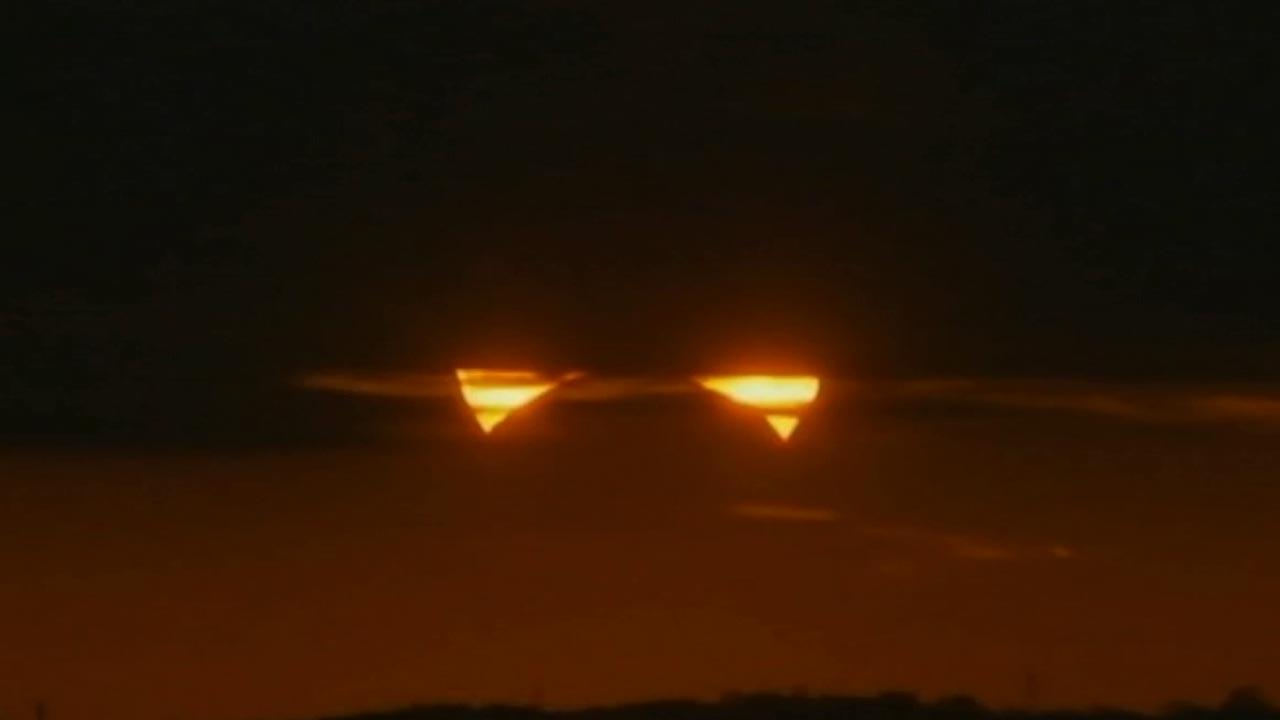 A hybrid between an annular eclipse and a total eclipse takes place across the United States, Africa and Europe Sunday, Nov. 3, 2013.