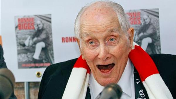 In this Thursday, Nov. 17, 2011 file photo Ronnie Biggs, one of Britain's most notorious criminals, attends a news conference to mark the release of his autobiography 'Odd Man Out: The Last Straw,' London.