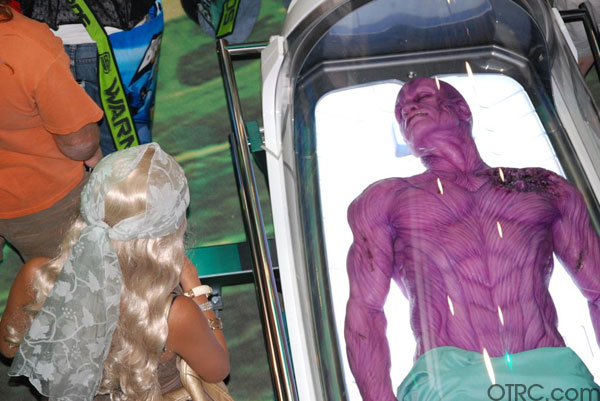 "<div class=""meta ""><span class=""caption-text "">Green Lantern alien, Abin Sur, is spotted at Comic-Con in San Diego during preview night, Wednesday, July 21, 2010.</span></div>"