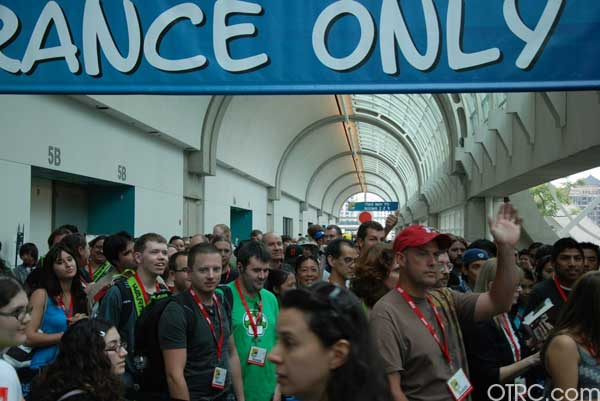 The crowd waits for the doors to open to Comic-Con 2010 in San Diego