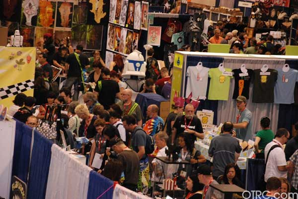 "<div class=""meta ""><span class=""caption-text "">TThe crowd swarms around the convention floor at Comic-Con 2010 in San Diego</span></div>"