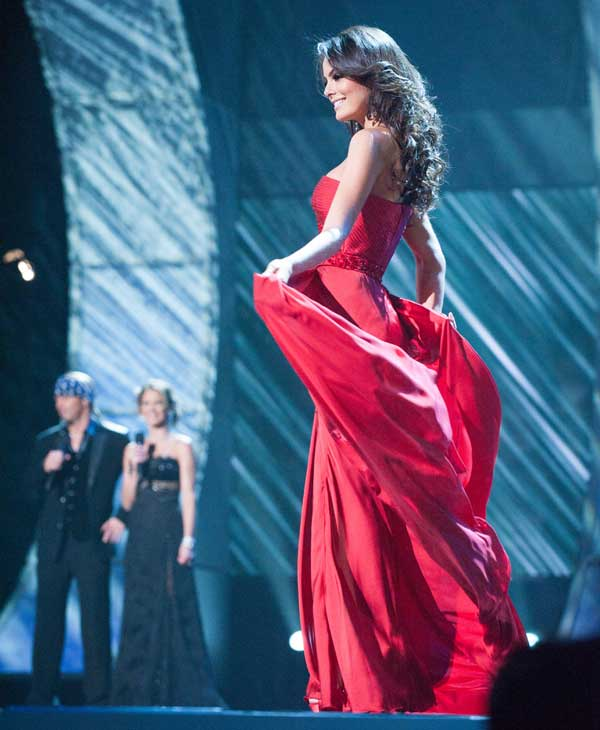 Jimena Navarrete, Miss Mexico 2010, poses for the judges during final voting at the live telecast of the 2010 Miss Universe Pageant at the Mandalay Bay Events Center in Las Vegas, Nevada on Monday, August 23, 2010. <span class=meta>(Patrick Prather&#47;Miss Universe Organization)</span>