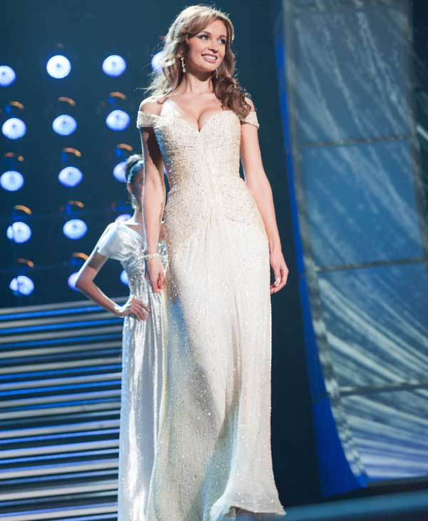 "<div class=""meta ""><span class=""caption-text "">Anna Poslavska, Miss Ukraine 2010, poses for the judges during final voting at the live telecast of the 2010 Miss Universe Pageant at the Mandalay Bay Events Center in Las Vegas, Nevada on Monday, August 23, 2010. (Patrick Prather/Miss Universe Organization)</span></div>"