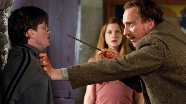 Harry Potter (Daniel Radcliffe) and Remus Lupin...