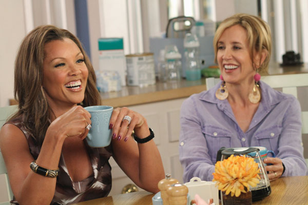 Vanessa Williams and Felicity Huffman appear in a scene from &#39;Desperate Housewives&#39;, which returns for a seventh season on September 26. <span class=meta>(Photo courtesy of ABC)</span>