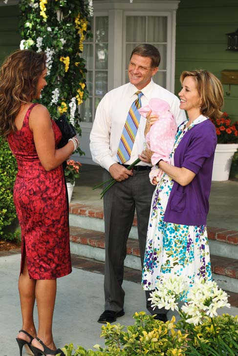 Vanessa Williams, Doug Savant and Felicity Huffman appear in a scene from &#39;Desperate Housewives&#39;, which returns for a seventh season on September 26. <span class=meta>(Photo courtesy of ABC)</span>