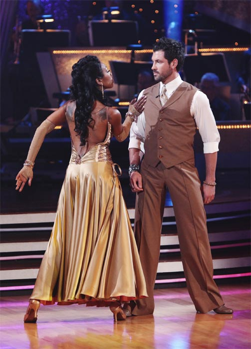 Brandy Norwood and Maksim Chmerkovskiy perform on &#39;Dancing With the Stars,&#39; Monday, Sept.  20, 2010. The judges gave the couple 23 points out of 30. <span class=meta>(ABC Photo&#47; Adam Larkey)</span>