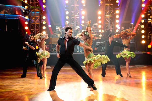 "<div class=""meta image-caption""><div class=""origin-logo origin-image ""><span></span></div><span class=""caption-text"">Santana, headed by guitarist Carlos Santana, performed on 'Dancing With the Stars: The Results Show,' Tuesday, Sept. 21, 2010.  (ABC Photo/ Adam Larkey)</span></div>"