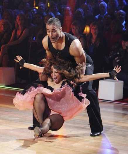 "<div class=""meta ""><span class=""caption-text "">Rick Fox and Cheryl Burke perform on 'Dancing With the Stars,' Monday, Sept. 27, 2010. The judges gave the couple 21 points out of 30. (ABC/ Adam Larkey)</span></div>"