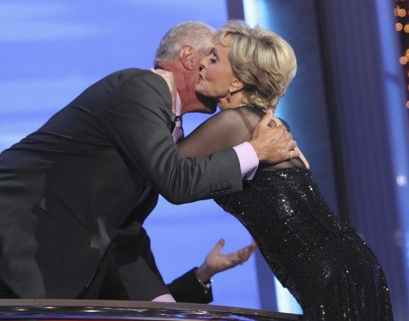 "<div class=""meta image-caption""><div class=""origin-logo origin-image ""><span></span></div><span class=""caption-text"">Florence Henderson kisses judge Len Goodman on 'Dancing With the Stars,' Monday, Sept. 27, 2010.  Henderson and partner Corky Ballas received 19 points out of 30 from the judges. (ABC/ Adam Larkey)</span></div>"