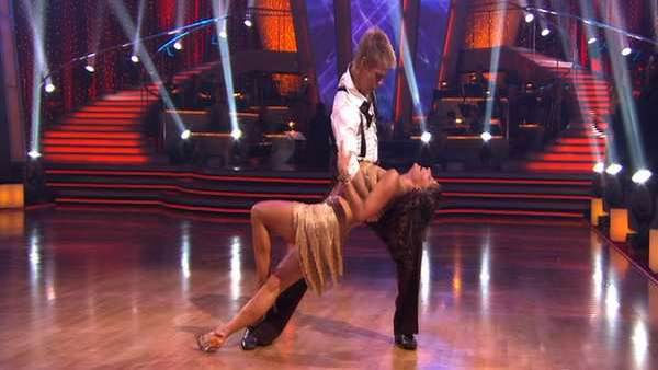 "<div class=""meta image-caption""><div class=""origin-logo origin-image ""><span></span></div><span class=""caption-text"">Jennifer Grey and Derek Hough perform on 'Dancing With the Stars,' Monday, Sept. 27, 2010. The judges gave the couple 24 points out of 30. (KABC Photo)</span></div>"