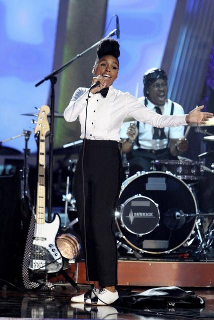"<div class=""meta ""><span class=""caption-text "">Singer Janelle Monae performed on 'Dancing With the Stars: The Results Show,' Tuesday, Sept. 28, 2010. (Adam Larkey)</span></div>"