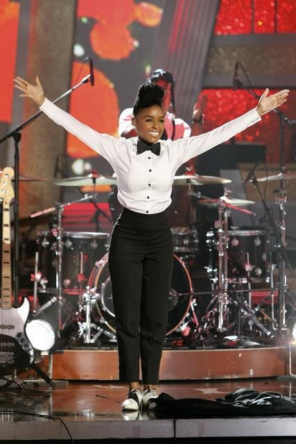 Singer Janelle Monae performed on 'Dancing With the Stars: The Results Show,' Tuesday, Sept. 28, 2010.