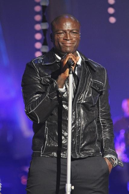 Seal performed on &#39;Dancing With the Stars: The Results Show,&#39; Tuesday, Sept. 28, 2010. <span class=meta>(Adam Larkey)</span>