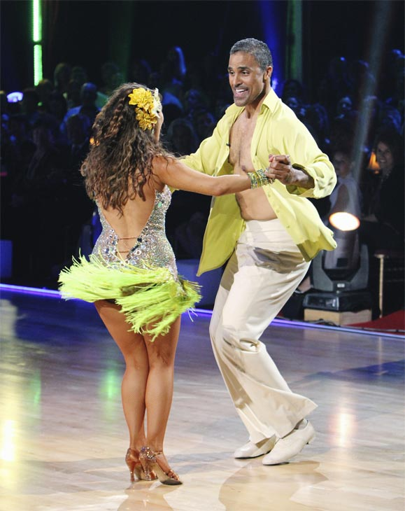 "<div class=""meta ""><span class=""caption-text "">Rick Fox and Cheryl Burke perform on 'Dancing With the Stars,' Monday, Oct. 4, 2010. The judges gave the couple 24 points out of 30. (ABC Photo/ Adam Larkey)</span></div>"