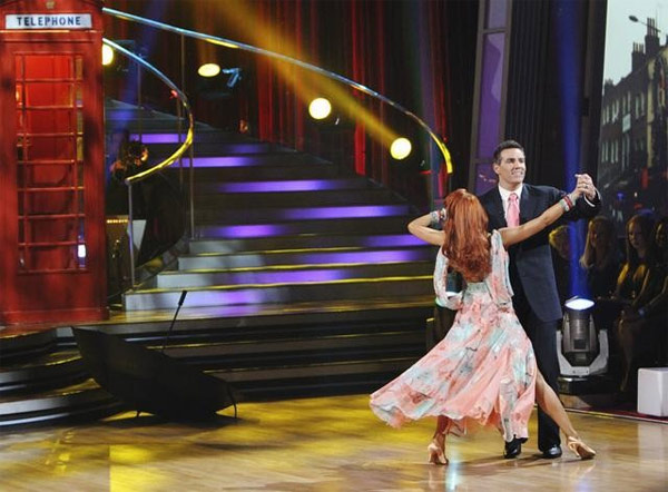 Kurt Warner and Anna Trebunskaya perform on 'Dancing With the Stars,' Monday, Oct.