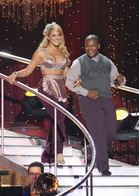 "<div class=""meta ""><span class=""caption-text "">Kyle Massey and Lacey Schwimmer on 'Dancing With the Stars,' Monday, Oct. 4, 2010. The judges gave the couple 23 points out of 30. (ABC Photo/ Adam Larkey)</span></div>"