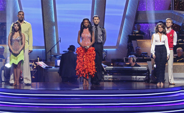 Brandy, Maksim Chmerkovskiy, Rick Fox, Cheryl Burke, Jennifer Grey and Derek Hough wait to hear their fate on &#39;Dancing With the Stars: The Results Show,&#39; Tuesday, Oct. 5, 2010. <span class=meta>(ABC Photo&#47; Adam Larkey)</span>