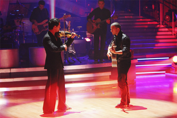 Mark Ballas and Val Chmerkovskiy had a string duel to a rendition of Britney Spears' 'Toxic' on 'Dancing With the Stars: The Results Show,' Tuesday, Oct. 5, 2010.
