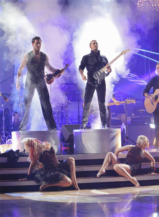 Mark Ballas and Val Chmerkovskiy had a string duel to a rendition of Britney Spears&#39; &#39;Toxic&#39; on &#39;Dancing With the Stars: The Results Show,&#39; Tuesday, Oct. 5, 2010. <span class=meta>(ABC Photo&#47; Adam Larkey)</span>