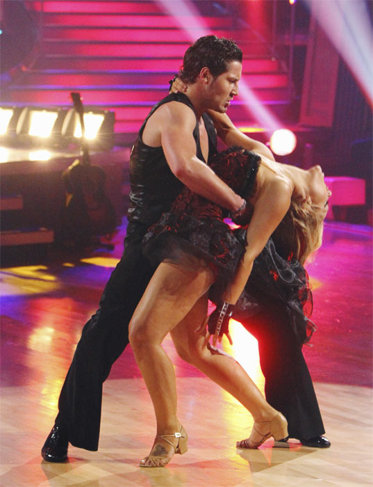 Val Chmerkovskiy and Lacey Schwimmer dance during a string duel to a rendition of Britney Spears&#39; &#39;Toxic&#39; on &#39;Dancing With the Stars: The Results Show,&#39; Tuesday, Oct. 5, 2010. <span class=meta>(ABC Photo&#47; Adam Larkey)</span>