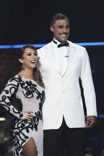 Rick Fox and Cheryl Burke perform on 'Dancing With the Stars,' Monday, Oct. 11, 2010. The judges gave the couple 39 points out of 60.