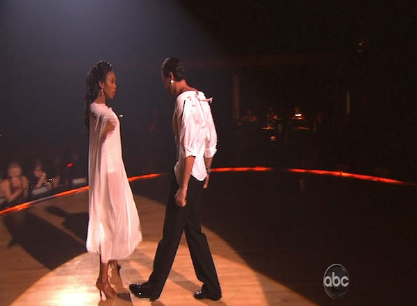 Brandy and Maksim Chmerkovskiy perform on &#39;Dancing With the Stars,&#39; Monday, Oct. 11, 2010. The judges gave the couple 48 points out of 60. <span class=meta>(KABC Photo)</span>