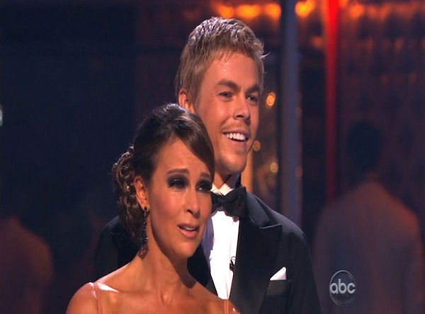 Jennifer Grey and Derek Hough perform on &#39;Dancing With the Stars,&#39; Monday, Oct. 11, 2010. The judges gave the couple 56 points out of 60. <span class=meta>(KABC Photo)</span>