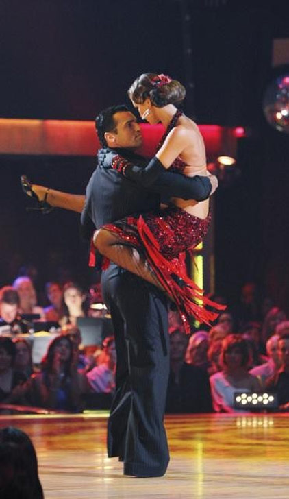 Audrina Patridge and Tony Dovolani perform on &#39;Dancing With the Stars,&#39; Monday, Oct. 11, 2010. The judges gave the couple 46 points out of 60. <span class=meta>(ABC&#47;Adam Larkey)</span>