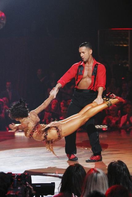 "<div class=""meta ""><span class=""caption-text "">Mike 'The Situation' Sorrentino and Karina Smirnoff perform on 'Dancing With the Stars,' Monday, Oct. 11, 2010. The judges gave the couple 28 points out of 60. (ABC/Adam Larkey)</span></div>"