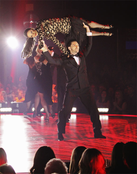 "<div class=""meta ""><span class=""caption-text "">The Macy's Stars of Dance perform on 'Dancing With the Stars: The Results Show,' Tuesday, Oct. 12, 2010. (ABC Photo/ Adam Larkey)</span></div>"