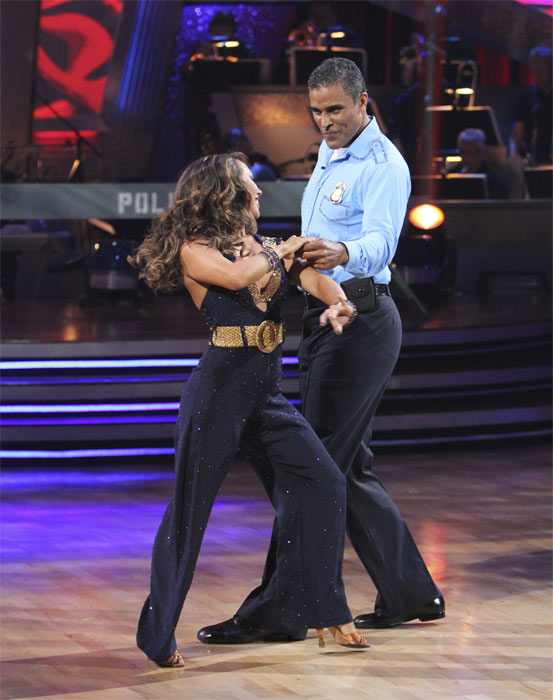 "<div class=""meta image-caption""><div class=""origin-logo origin-image ""><span></span></div><span class=""caption-text"">Rick Fox and Cheryl Burke perform to the 'Hill Street Blues' theme on 'Dancing With the Stars,' Monday, Oct. 18, 2010. The judges gave the couple 24 points out of 30. (ABC Photo/Adam Larkey)</span></div>"
