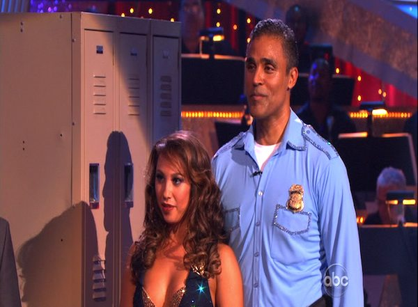 "<div class=""meta ""><span class=""caption-text "">Rick Fox and Cheryl Burke perform to the 'Hill Street Blues' theme on 'Dancing With the Stars,' Monday, Oct. 18, 2010. The judges gave the couple 24 points out of 30. (KABC Photo)</span></div>"