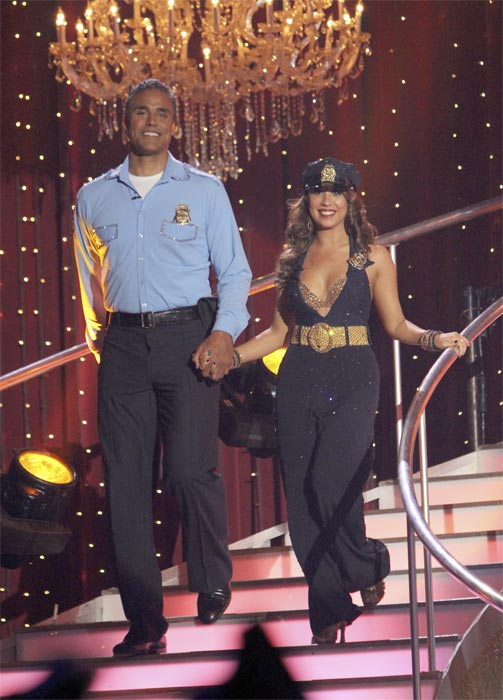 "<div class=""meta ""><span class=""caption-text "">Rick Fox and Cheryl Burke perform to the 'Hill Street Blues' theme on 'Dancing With the Stars,' Monday, Oct. 18, 2010. The judges gave the couple 24 points out of 30. (ABC Photo/Adam Larkey)</span></div>"