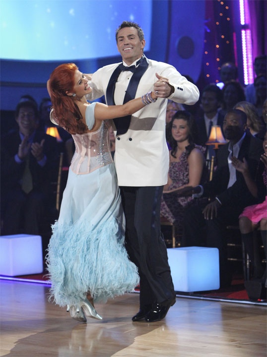Kurt Warner and Anna Trebunskaya perform to the...
