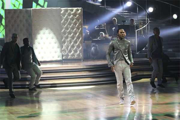 Jason Derulo performed his hit single 'In My Head' from his self-titled album on 'Dancing With the Stars: The Results Show,' Tuesday, Oct. 19, 2010.