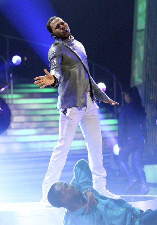 Jason Derulo performed his hit single &#39;In My Head&#39; from his self-titled album on &#39;Dancing With the Stars: The Results Show,&#39; Tuesday, Oct. 19, 2010. <span class=meta>(ABC Photo&#47;Adam Larkey)</span>